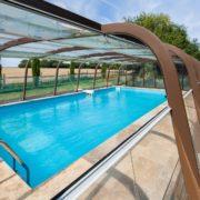 le domaine de la cour - piscine en orne avec chambre